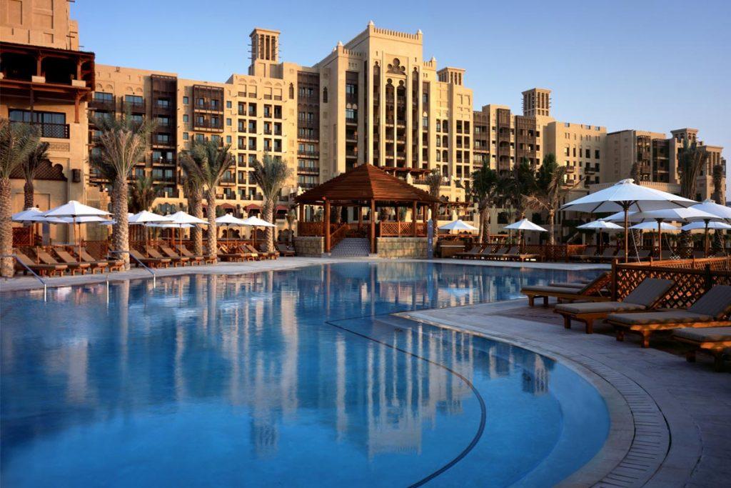 jumeirah-swimming-pool-project-desert-leisure
