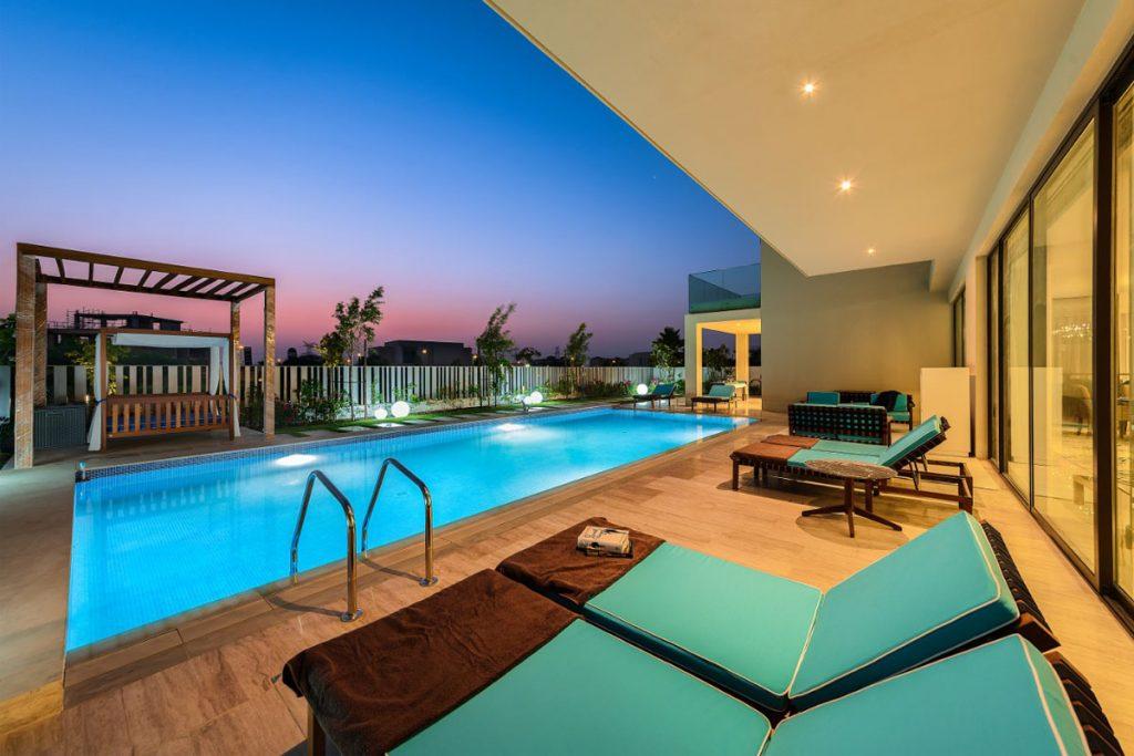 parkway-private-villa-swimming-pool