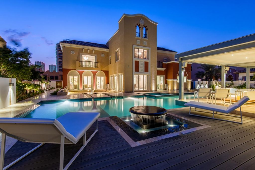 private-swimming-pool-construction