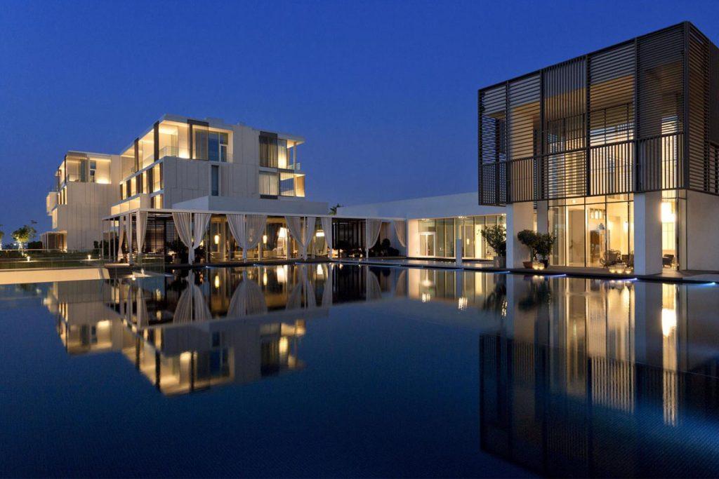 the-oberoi-beach-resort-al-zohra-water-feature