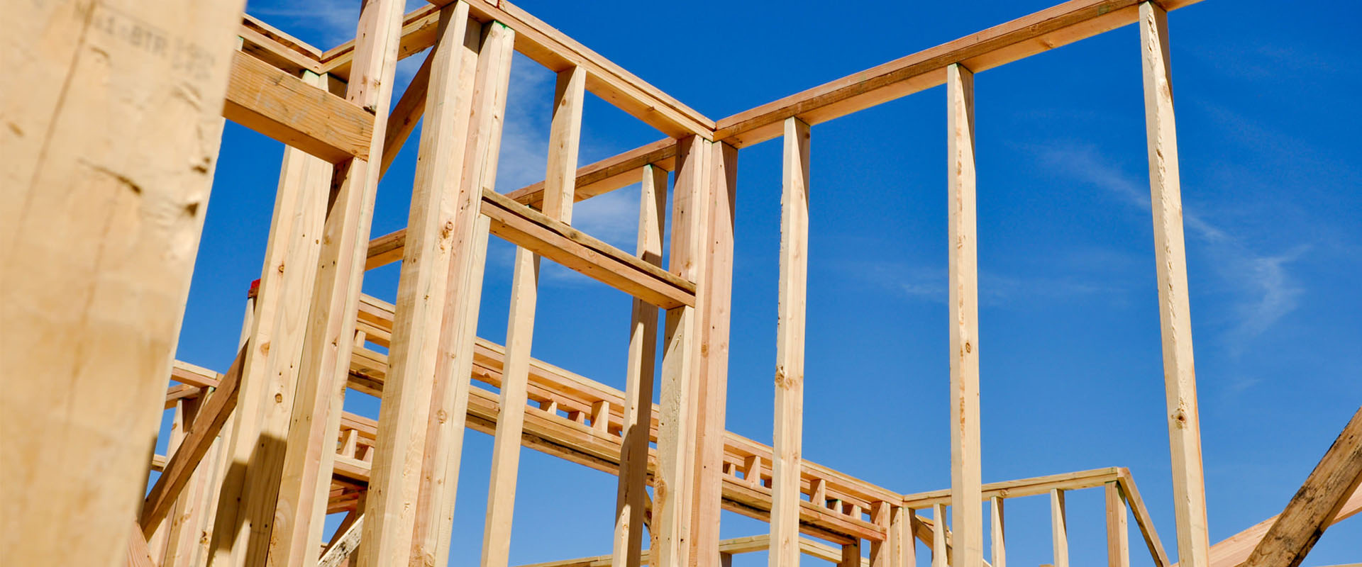 timber-work-by-desert-leisure
